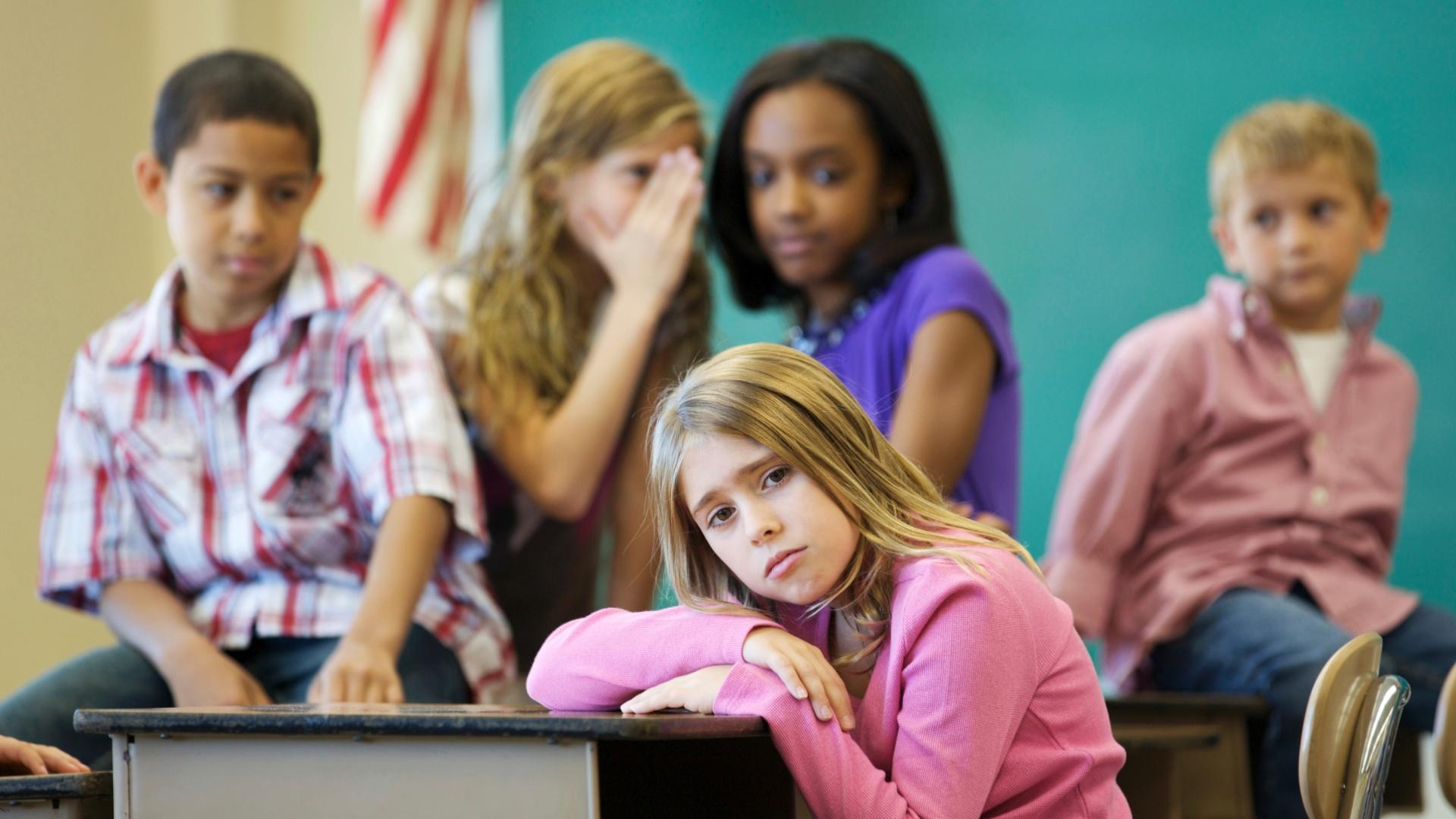 Pais e escolas devem dar atenção a comportamento de estudantes