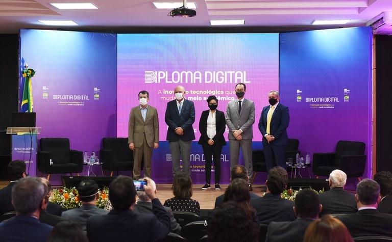 Com colaboração da UFPB, diploma digital brasileiro é lançado nesta quarta (16)